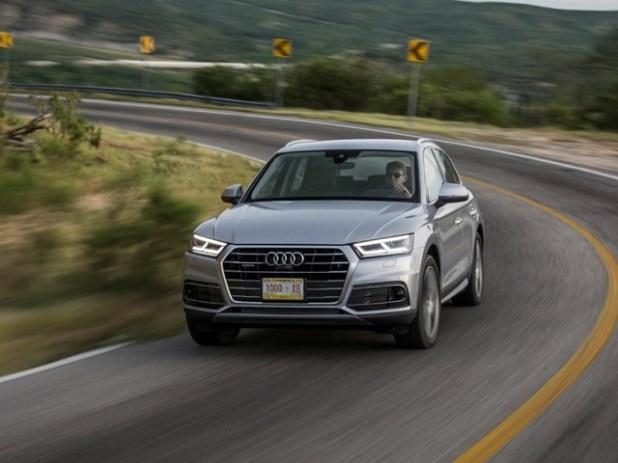 2020 Audi Q5 front view