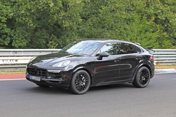 2020 Porsche Cayenne front view