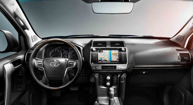 2020 Toyota Land Cruiser interior