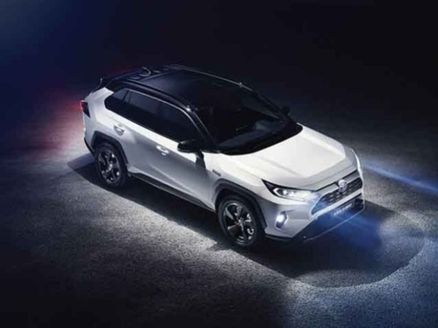 2020 Toyota RAV4 top view