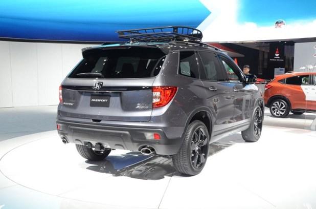 2020 Honda Passport rear view