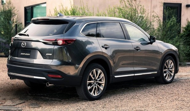 2020 Mazda CX-9 rear view
