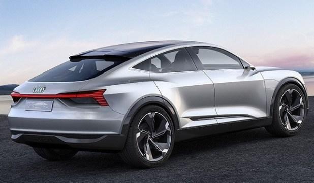 2020 Audi Q9 rear view