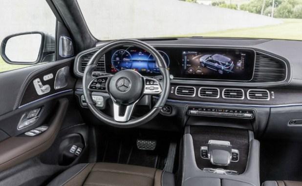 2020 Mercedes-Benz GLC interior