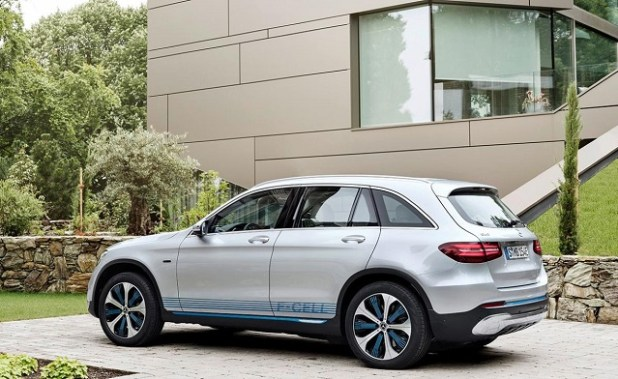 2020 Mercedes-Benz GLC rear view