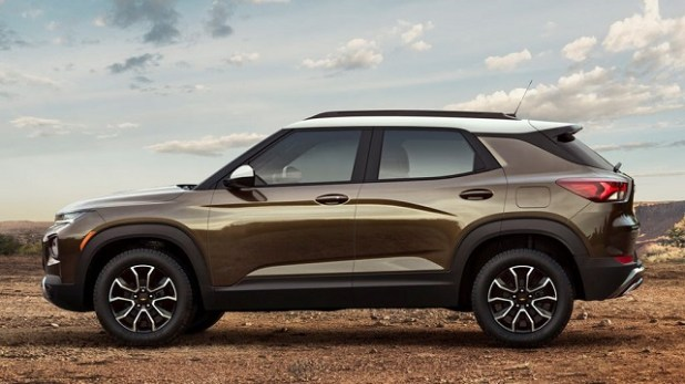 2021 Chevy Trailblazer side view