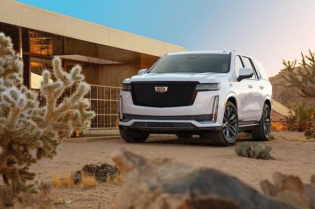 2022 Cadillac Escalade-V rendering