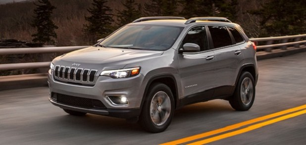 2022 Jeep Cherokee front