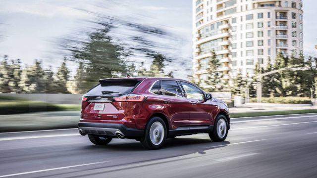 2019 Ford Edge rear