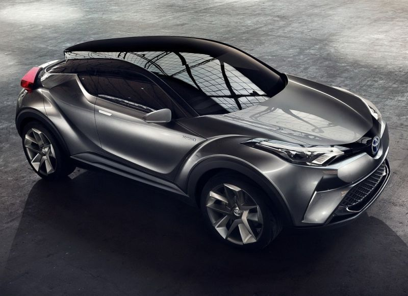 2019-Toyota-C-HR.jpg