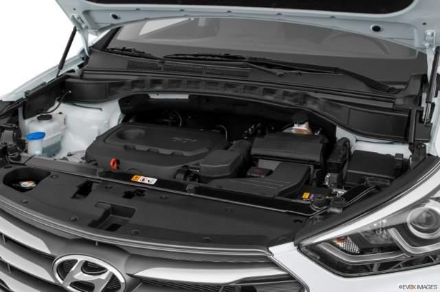 2019 Hyundai Santa Fe Sport engine