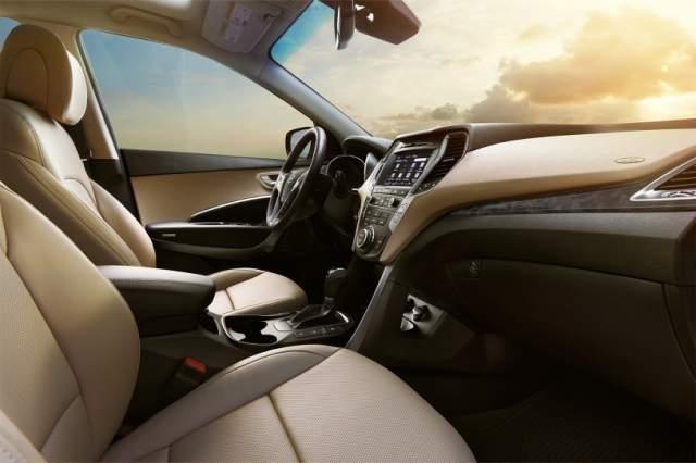 2019 Hyundai Santa Fe Sport interior