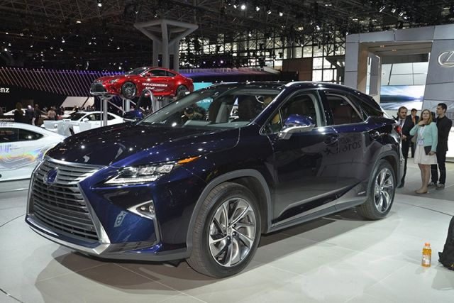 2019 Lexus RX 450h front