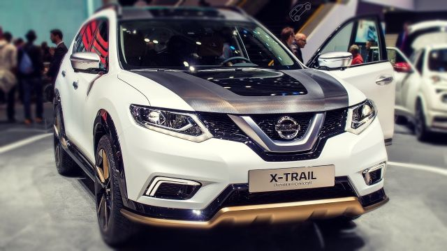 2019 Nissan X-Trail front