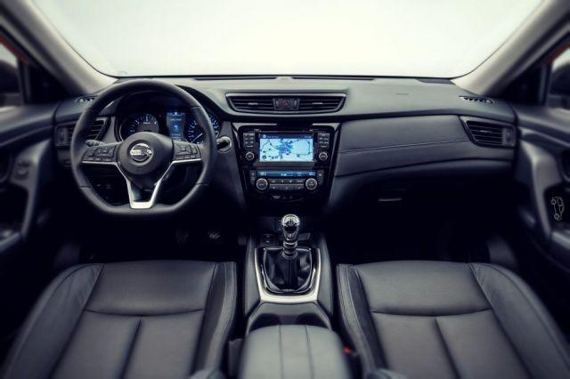 2019 Nissan X-Trail interior
