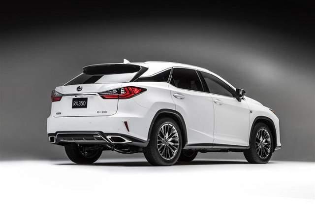 2020 Lexus RX 350 rear fascia