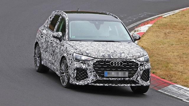 2020 Audi RS Q3 test