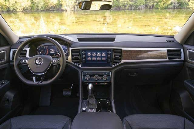 2020 VW Atlas interior