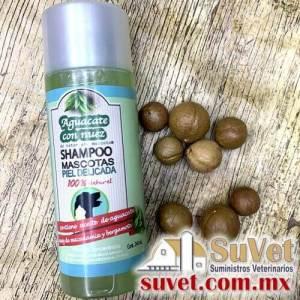 Shampoo Revitalizante . Nuez de macadamia y bergamota Envase de 240 ml - SUVET