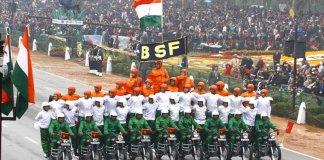 गणतन्त्र दिवस कविता - Short Poem On Republic Day in Hindi - Gantantra Diwas Kavita
