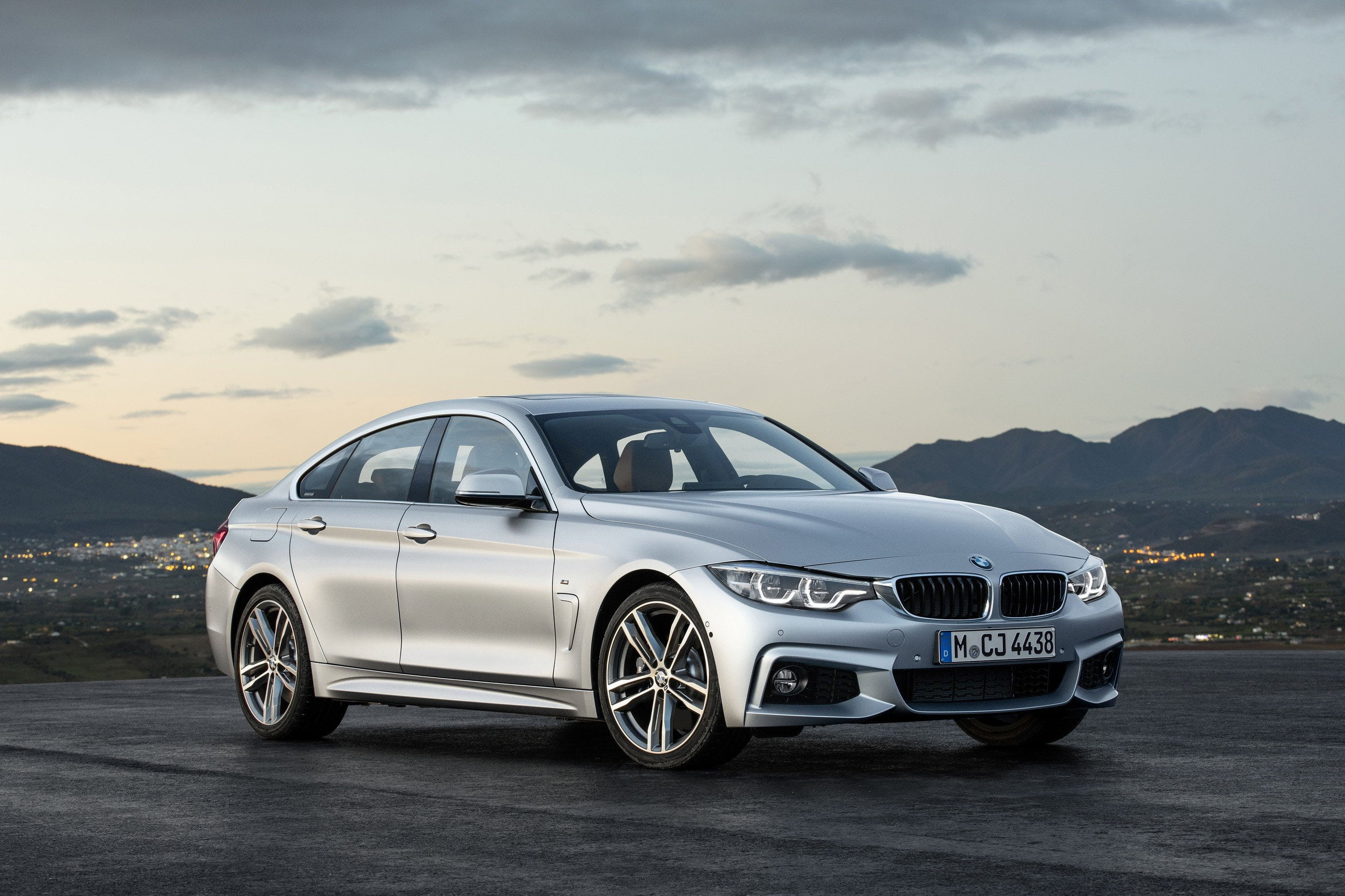 2020 BMW 4 Series Coupe Pictures