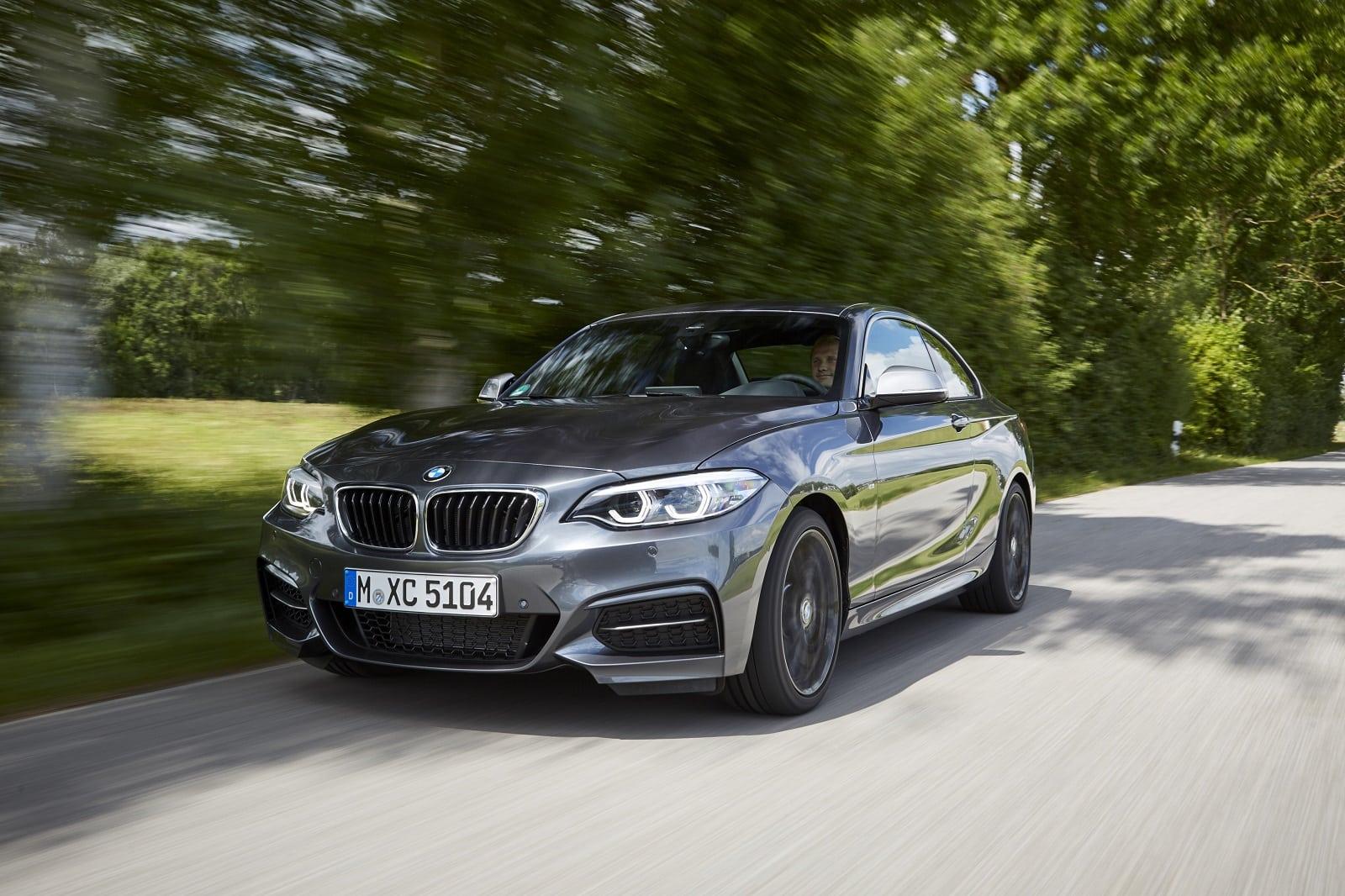 2020 BMW M240i Images