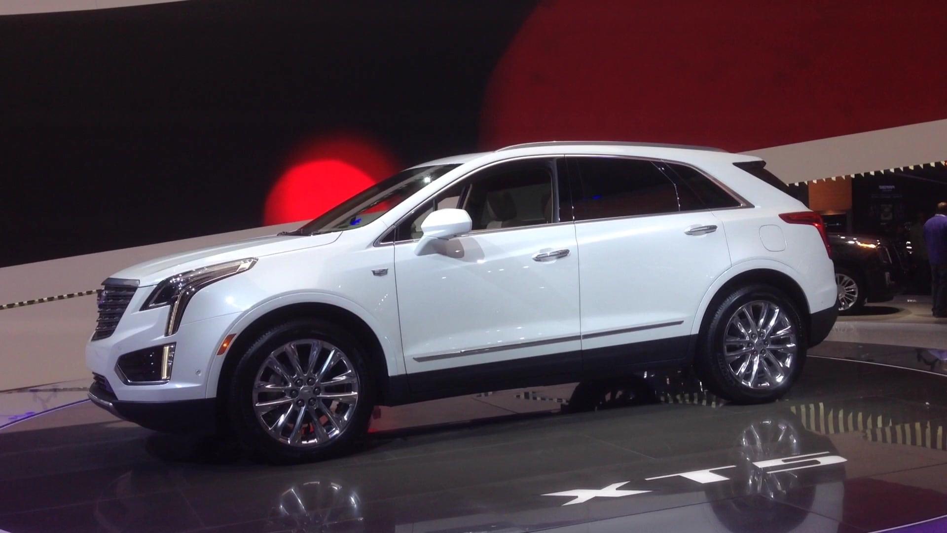 2020 Cadillac XT3 Images