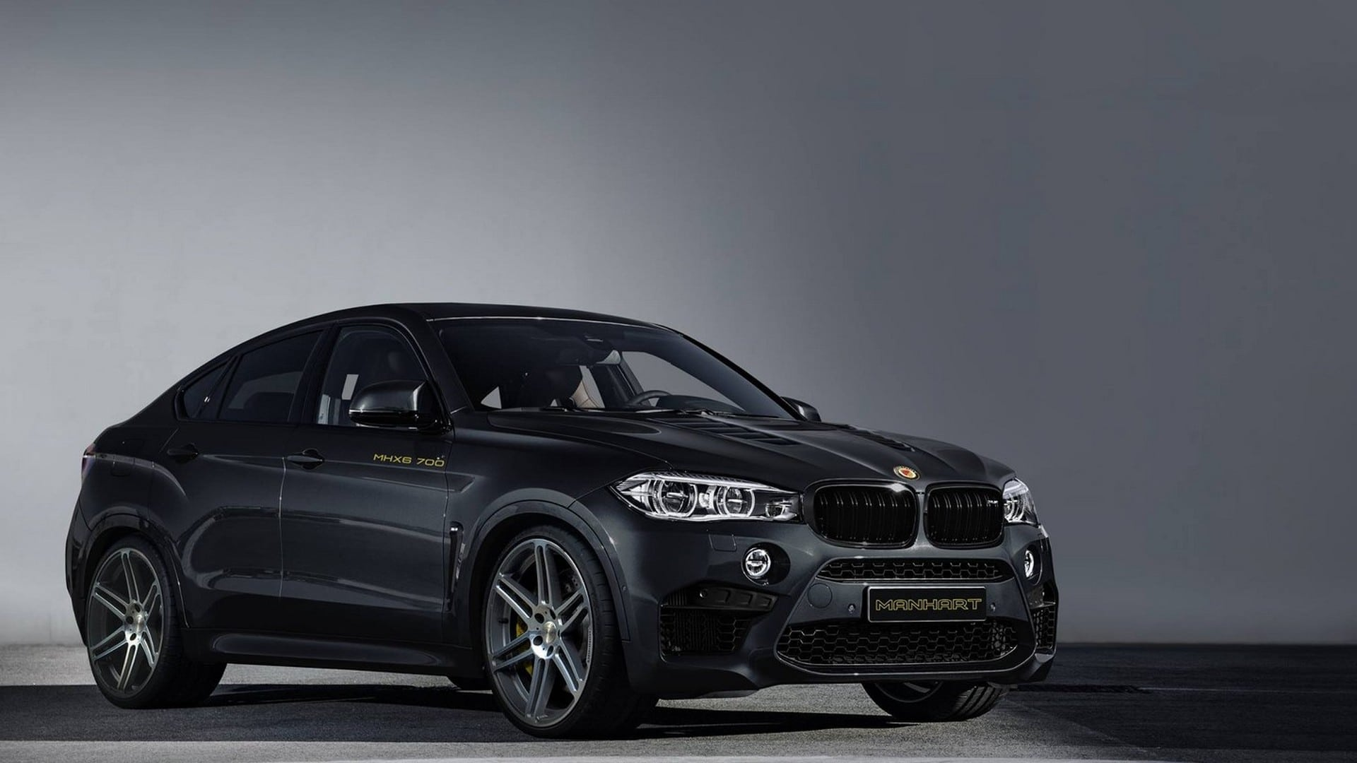 manhart dials bmw x6 m to 700 hp Exterior