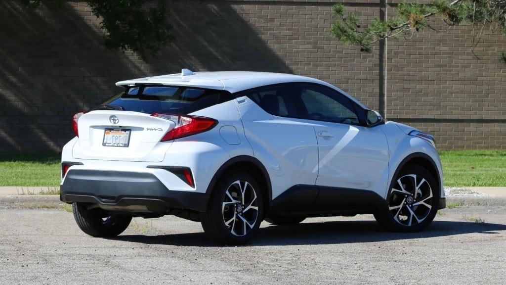 2019 Toyota C HR Pictures