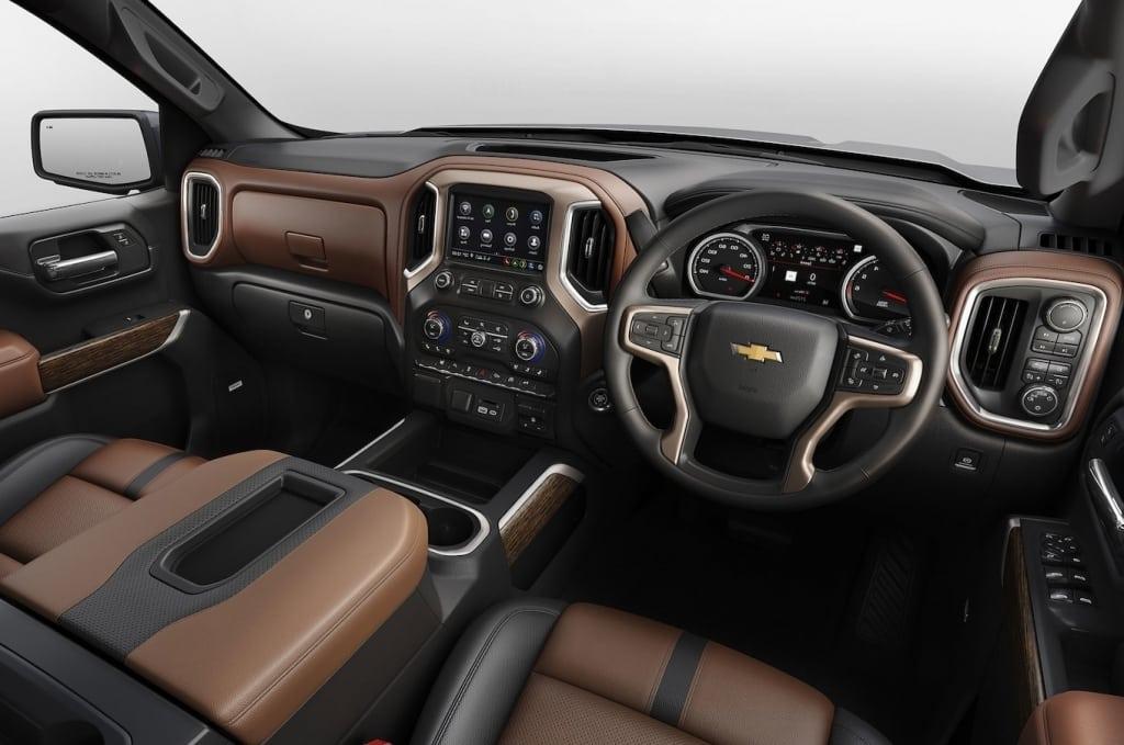 2020 Chevrolet Blazer Images