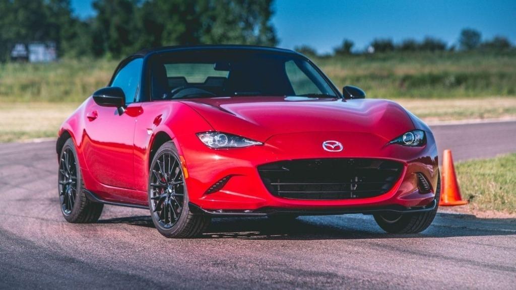 2020 Mazda Miata Interior