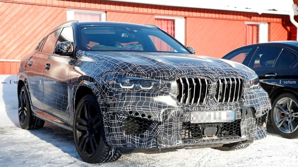 2021 BMW X6 Images
