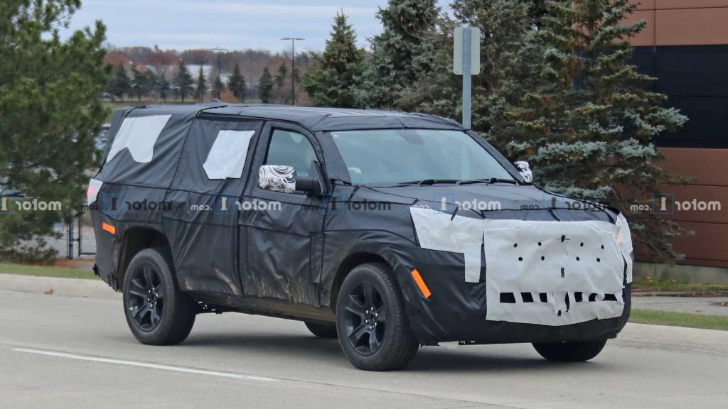 2022 Jeep Grand Wagoneer Drivetrain