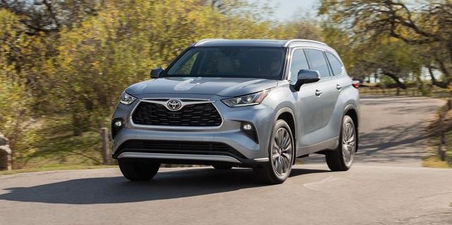 Best Midsize SUVs for 2022 - Toyota Highlander