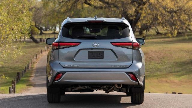 2023 Toyota Grand Highlander rear