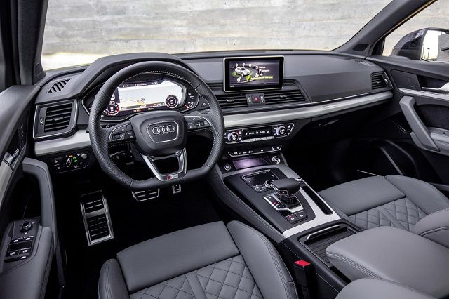 2019 Audi Q5 interior