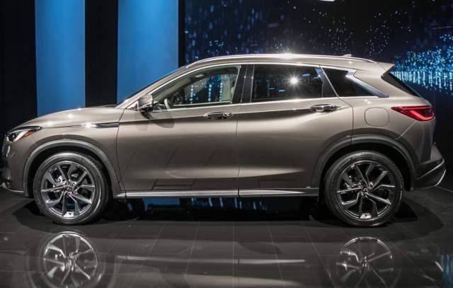 2019 Infiniti QX50 semi-autonomous SUV side