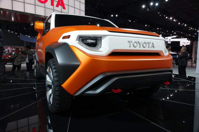 2019 Toyota FJ Cruiser FT-4X concept front