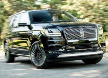 2019 Lincoln Navigator front
