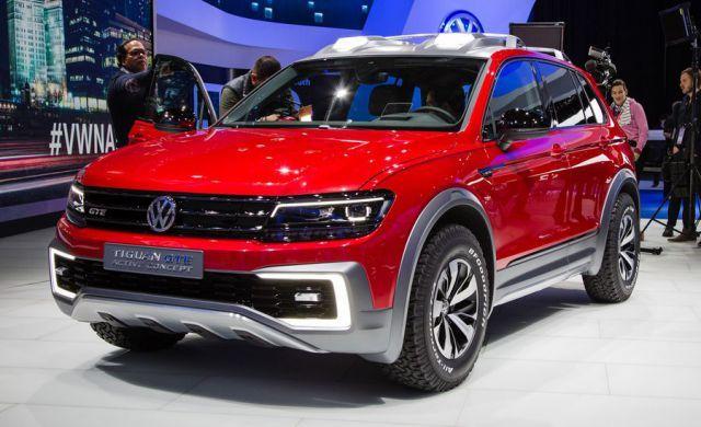 2019 VW Tiguan GTE front