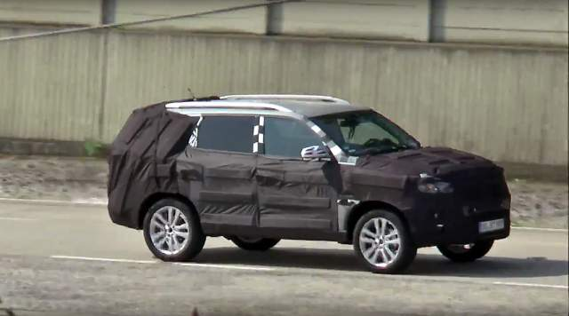 2019 Mercedes GLS spy photos