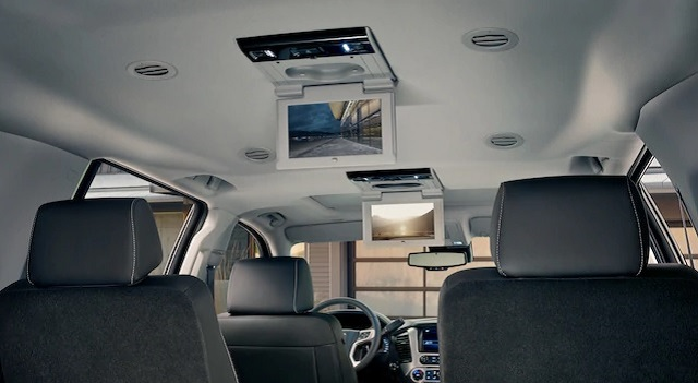 2020 GMC Yukon Denali rear seat entertaining system