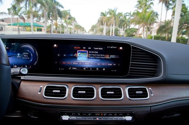 2020 Mercedes GLE interior