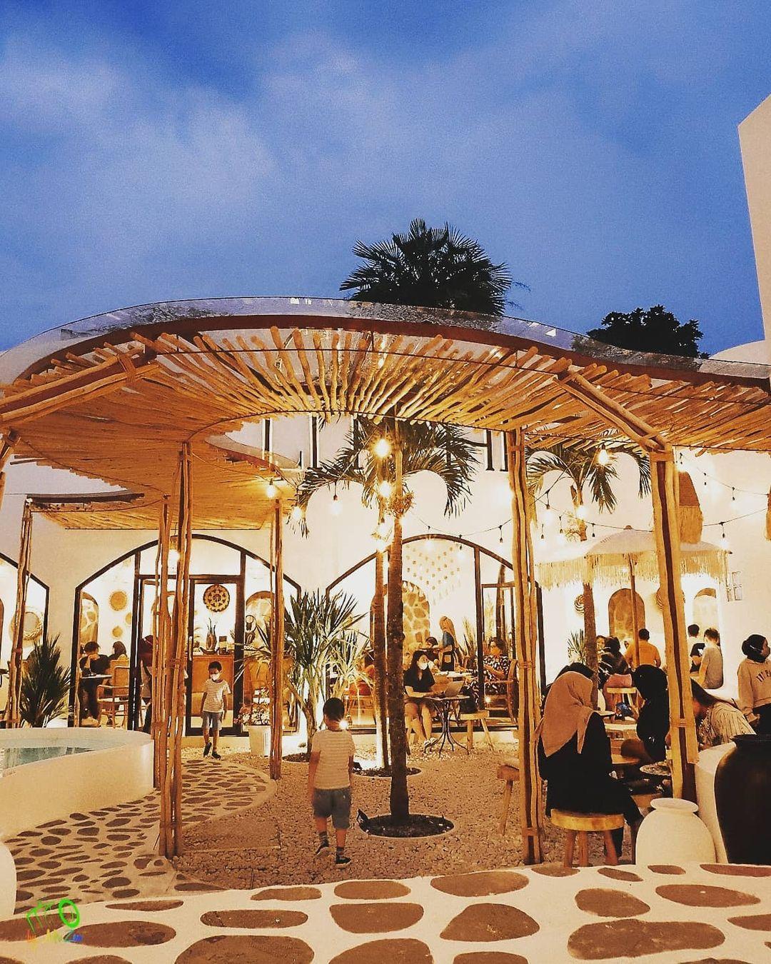 Desain Interior Cafe Malang
