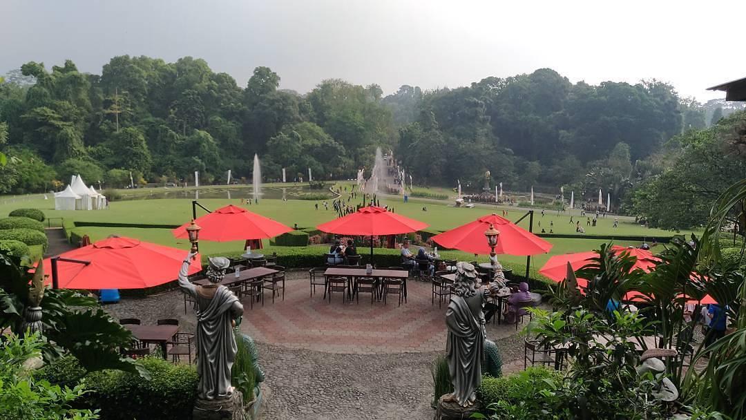 Grand Garden Terletak Di Kebun Raya Bogor, Dan Hanya Satu Satunya