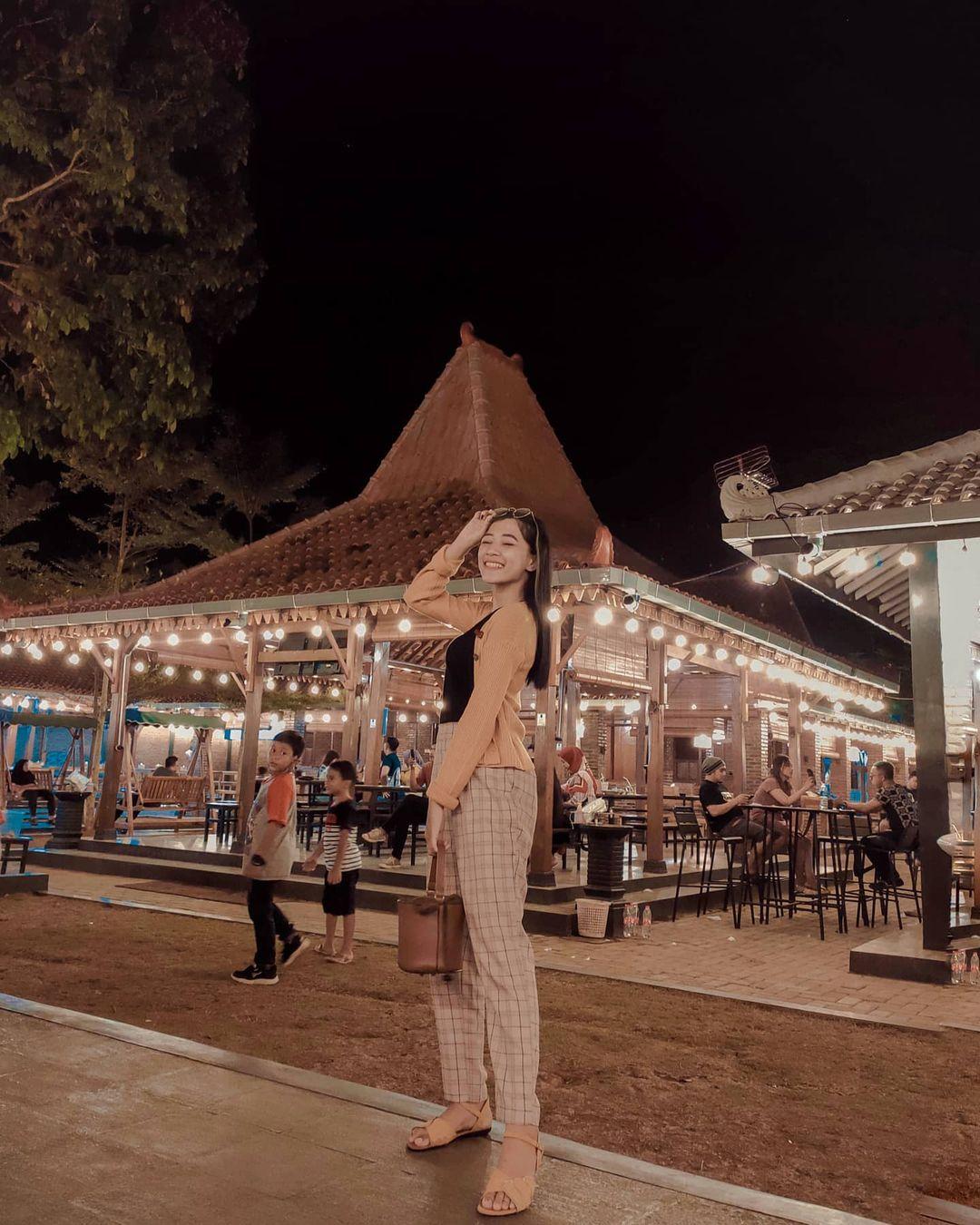 Wisata Kampung Kuliner Cilacap