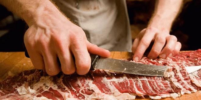 مواطنون في #السويداء لم يشتروا لحماً منذ نصف عام.!