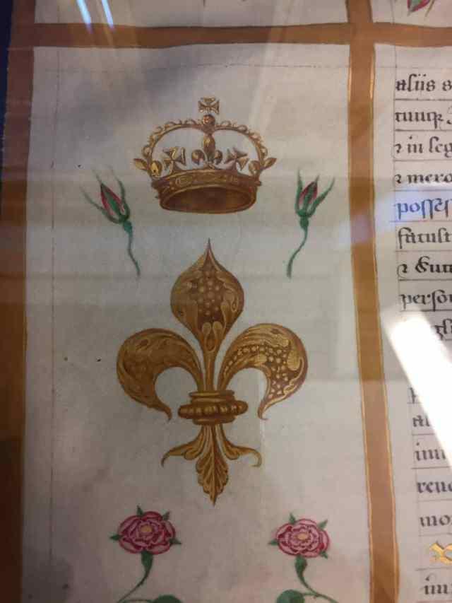 Crowned Fleur-de-Lis