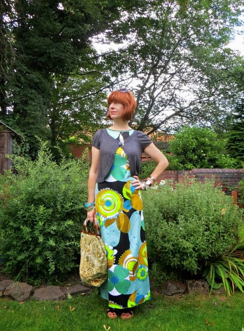 How to wear a bold vintage maxi dress the secondhand years