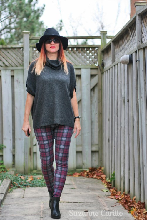 How to style plaid leggings for fall and winter.